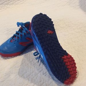 New Balance Shoes - Boys indoor soccer shoes